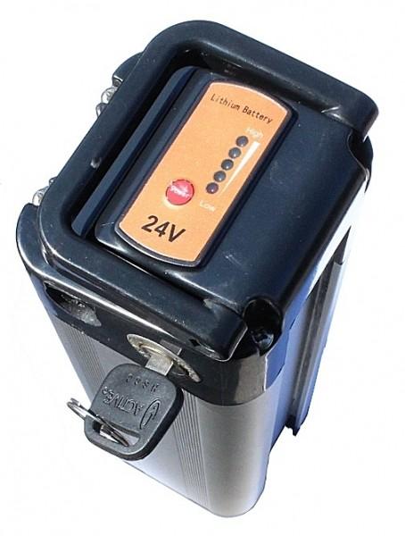 24V / 10,5AH Lithiumakku (LiFe), eingebaut in Ihr zuzusendendes altes Alu-Rex Lithiumgehäuse